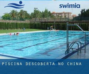 Piscina descoberta no China